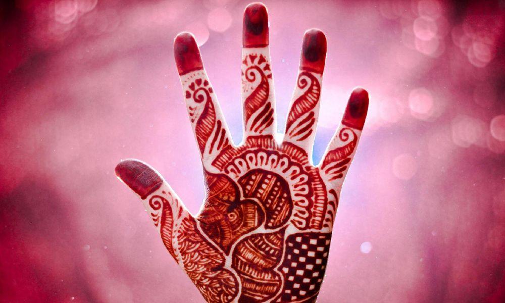 Разновидность хны для татуировок и рисования мехенди